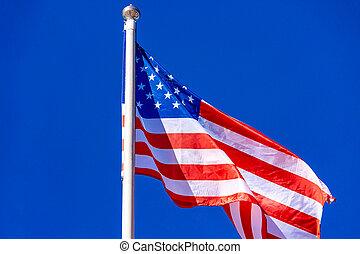 bleu, drapeau américain, contre, sky.