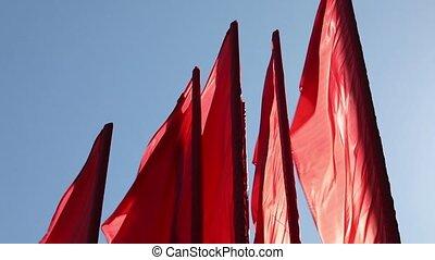 bleu, drapeaux, ciel, rouges, contre