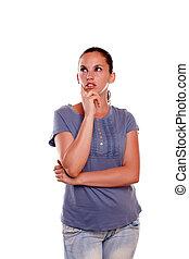 bleu, femme, chemise, jeune, charmer, regarder, droit