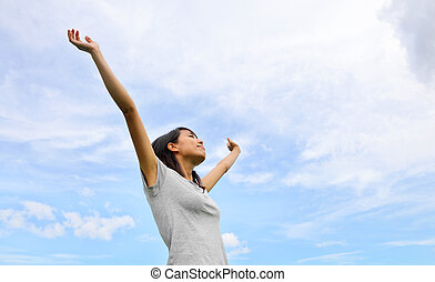 bleu, femme, ciel, haut, main, asiatique, fond