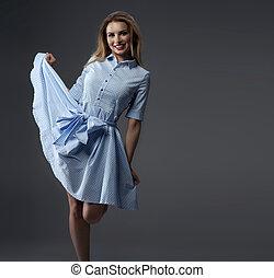 bleu, femme, dress., blond, heureux