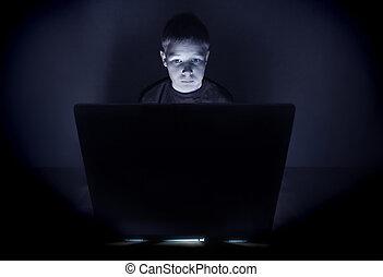 bleu, garçon, moniteur, lumière, informatique, éclairé