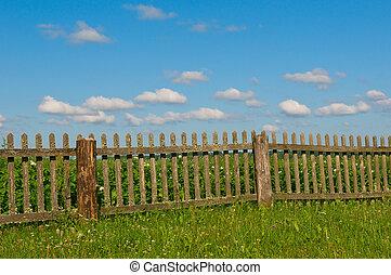 bleu, herbe, ciel vert, barrière