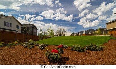 bleu, maisons, sur, nuages, printemps, défaillance, ciel, une, ensoleillé, luxe, temps, blanc, vallée, ou, jour, heureux