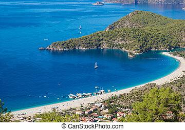 bleu, mer méditerranée