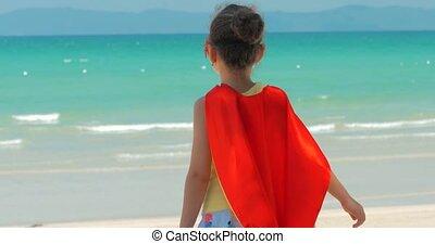 bleu, mignon, peu, concept, superhero, fond, habillé, hero., ciel, manteau, clouds., déguisement, mer, jeux, girl, chilhood., masque, rouges, heureux