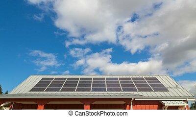bleu, nuages, défaillance, ciel, installed, 4k, solaire, temps, toit, blanc, panneaux, sur