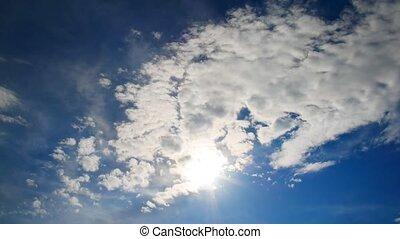 bleu, nuages, sky., soleil, défaillance, contre, par, temps, flotter