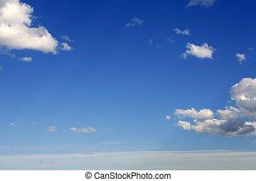 bleu, parfait, nuages, ciel, ensoleillé, journée, blanc