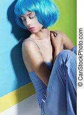 bleu, perruque, femme, daydream., dormir, relaxation.