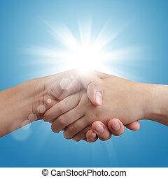 bleu, poignée main, ciel, lumière soleil