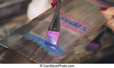 bleu, red., client's, coiffeur, teintures, cheveux, blonds