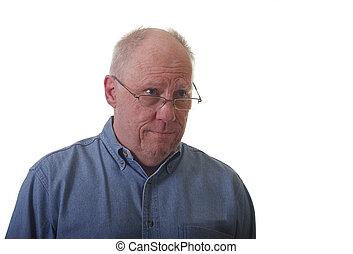 bleu, regard, plus vieux, jean, confondu, homme, chemise