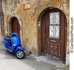 bleu, scooter, sur, vieux, mur