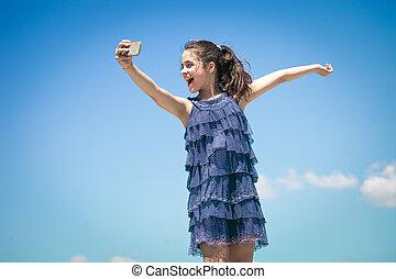 bleu, selfie, ciel, contre, girl, faire