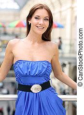 bleu, sexy, femme, robe, heureux