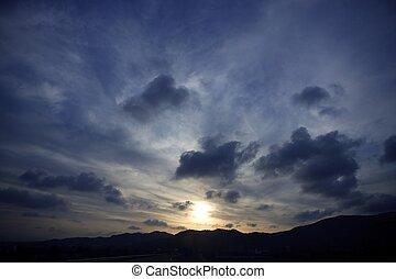 bleu, soir, vibrant, ciel, couleurs, dramatique, coucher soleil, rouges