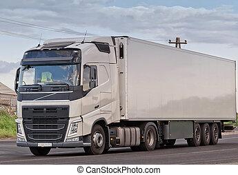 bleu, sur, ciel, unique, caravane, blanc, camion, route