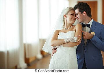 blij, paar, in, hun, bijzondere , huwelijksdag