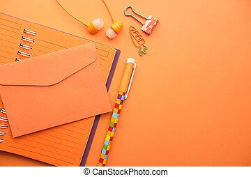 blocco note, arancia, penna, busta, spazio, copia, tastiera