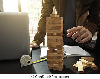 blocos, ponto, game., concept., mão, projeto, madeira, plano, construção, torre, engenheiro