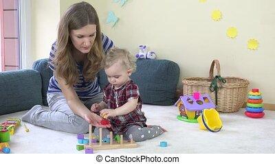 blocs, coloré, bois, maman, bébé, jouer