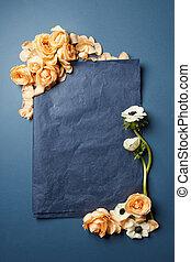 bloemen, met, een, black , stuk papier