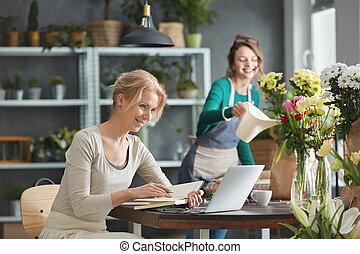 bloemist, toonaangevend, kleine onderneming