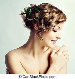 blomningen, frisyr, womanstående, skönhet