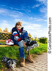 Blond boy ready to skate