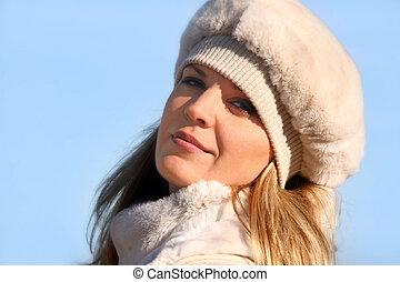 blond, dziewczyna, w, niejaki, futrzany kapelusz