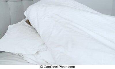 blond, elle, lit, clair, chambre à coucher, sourire, ...