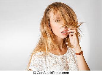 blond female studio shoulders