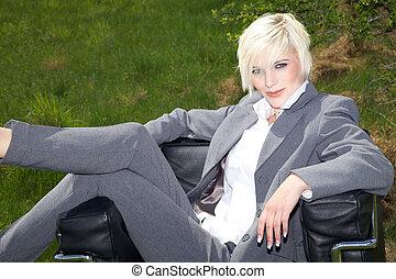 blond, femme affaires, réunion