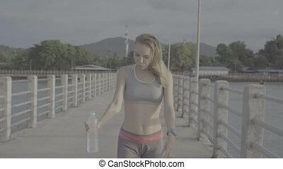 blond, femme, joli, fitness