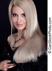 blond, kvinna, med, hälsosam, långt hår, isolerat, på, svart fond