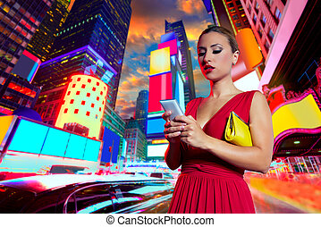 Blond woman chat writing smartphone in NYC - Blond woman...
