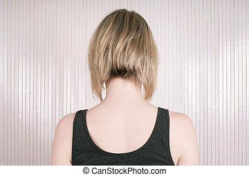 blond woman with lob or long bob haircut