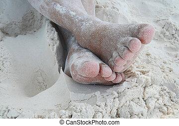 blootsvoets, zand strand