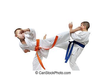 Blows kicking sportsmens