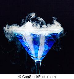 blu, cocktail, con, schizzo, e, ghiaccio, vapore