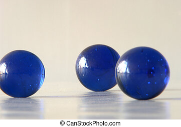 blue balls - glassballs from solitair