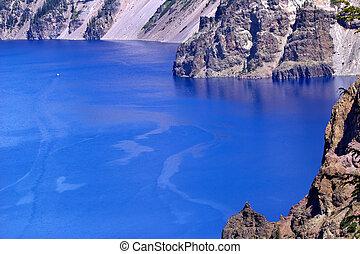 Blue Crater Lake Rim White Boat Oregon