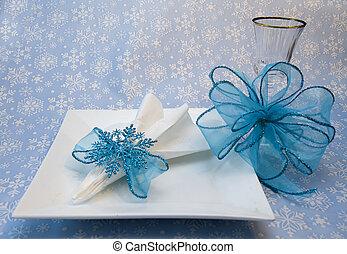 Blue Glitzy Snowflake Holder