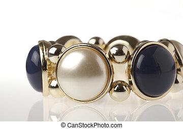 Blue, Gold & Pearl Bracelet