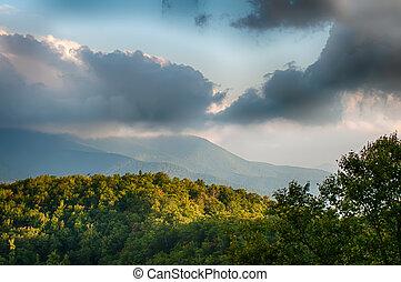 blue hegygerinc parkway, színpadi, hegyek, elkerüli figyelmét, nyár, táj