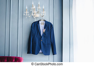 blue jacket groom