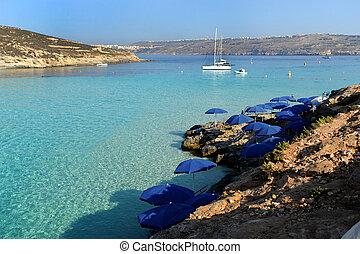 blue lagoon in comino