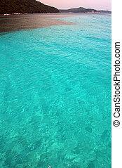 blue lagoon paradise