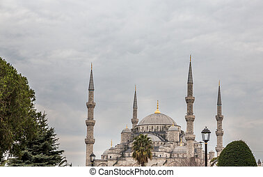 Blue mosque against cloudy sky, Istanbul, Turkey